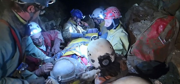 "Cave rescue in the ""big thing"" – Videos and more info"