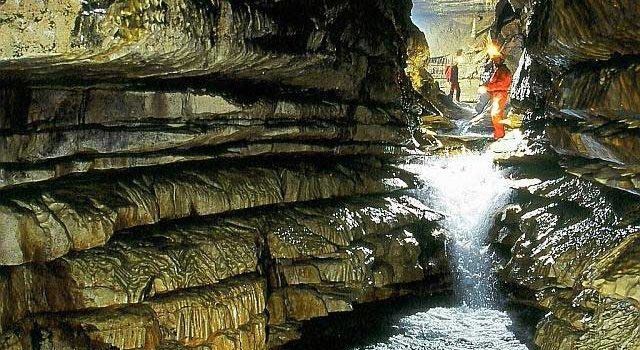 Donnerdom-Mühlbachquellhöhle